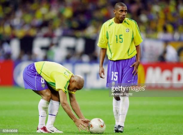 WM 2002 in JAPAN und KOREA Saitama Match 62/HALBFINALE/BRASILIEN TUERKEI 10 Roberto CARLOS KLEBERSON/BRA