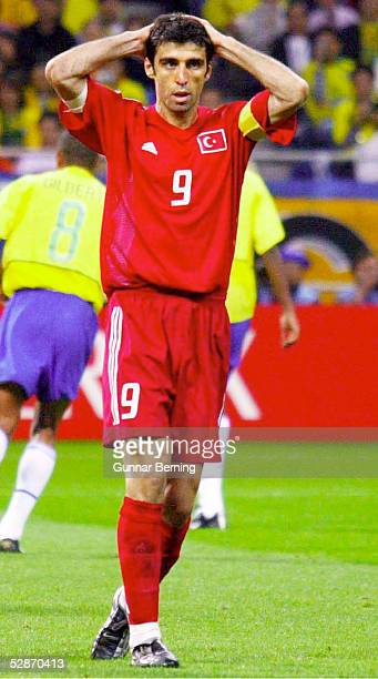 WM 2002 in JAPAN und KOREA Saitama Match 62/HALBFINALE/BRASILIEN TUERKEI 10 Hakan SUEKUER/TUR enttaeuscht