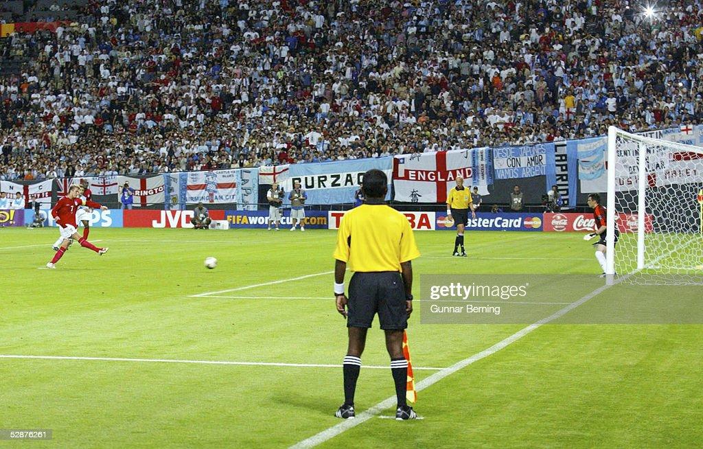 FUSSBALL: WM 2002 in JAPAN und KOREA, ARG - ENG : News Photo