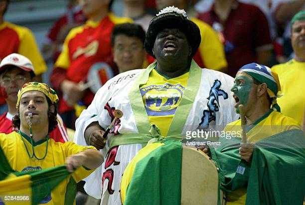 FUSSBALL WM 2002 in JAPAN und KOREA Seogwipo 080602/Match 26 GRUPPE C/BRASILIEN CHINA 40 BRA FAN/FANS