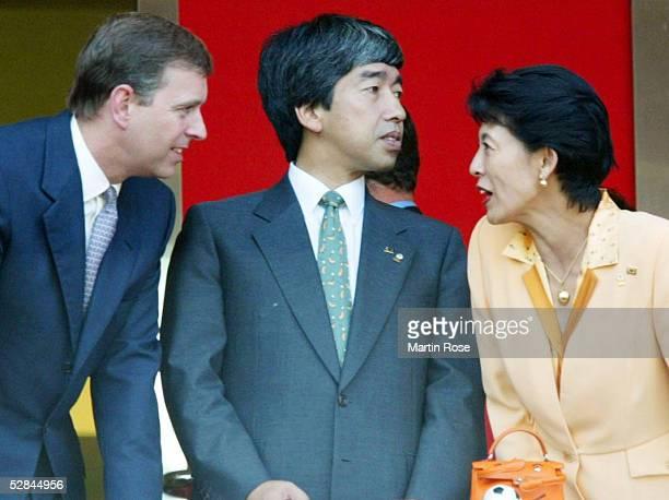 WM 2002 in JAPAN und KOREA Shizuoka Match 57/VIERTELFINALE/ENGLAND BRASILIEN 12 Prinz Andrew von England Prince Takamado and Princess Takamado of...