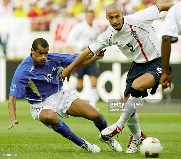 WM 2002 in JAPAN und KOREA Shizuoka Match 57/VIERTELFINALE/ENGLAND BRASILIEN 12 RIVALDO/BRA Rio FERDINAND/ENG