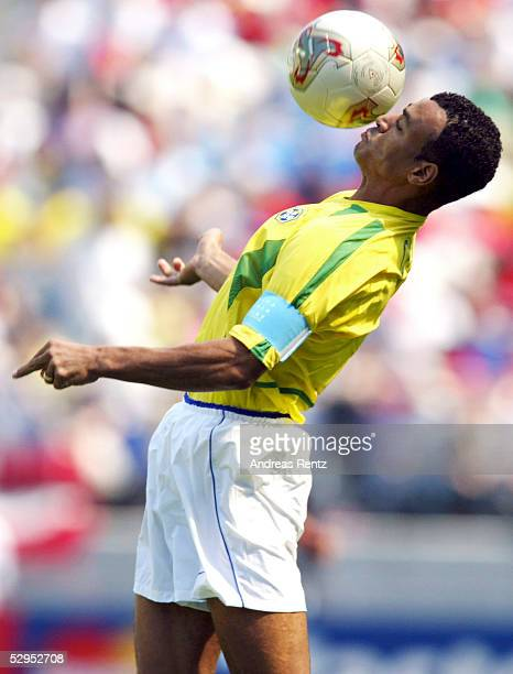 WM 2002 in JAPAN und KOREA Suwon 130602 GRUPPE C / COSTA RICA BRASILIEN 25 CAFU / BRA FOTOBONGARTS/AndreasRentz