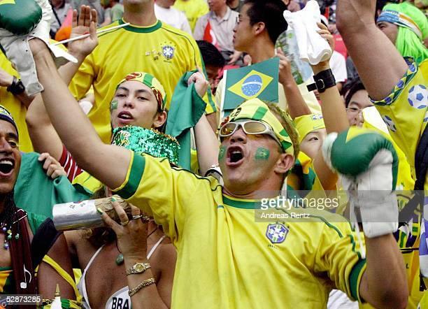 WM 2002 in JAPAN und KOREA Ulsan GRUPPE C/BRASILIEN TUERKEI 21 BRA FANS