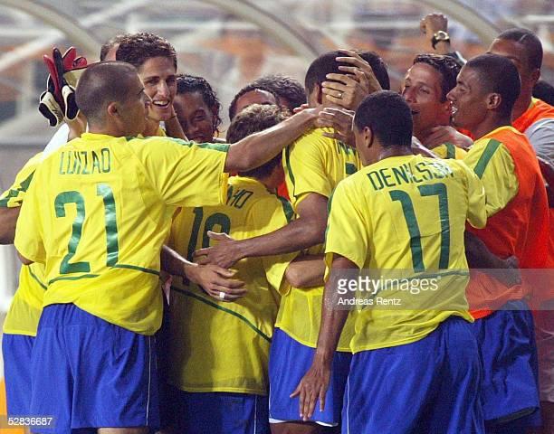 WM 2002 in JAPAN und KOREA Ulsan GRUPPE C/BRASILIEN TUERKEI 21 JUBEL BRASILIEN