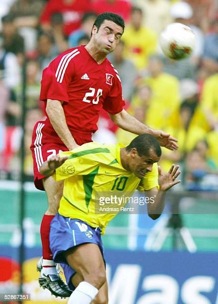 WM 2002 in JAPAN und KOREA Ulsan GRUPPE C/BRASILIEN TUERKEI Hakan UENSAL/TUR RIVALDO/BRA