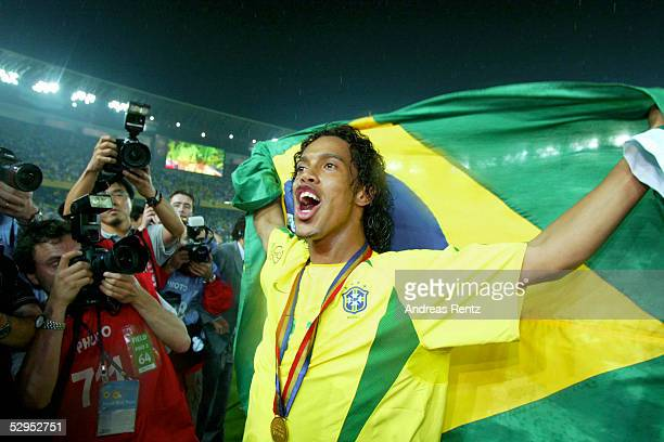 WM 2002 in JAPAN und KOREA Yokohama 300602 Match 64 / FINALE / DEUTSCHLAND BRASILIEN 02 BRASILIEN WELTMEISTER 2002 JUBEL RONALDINHO / BRA...
