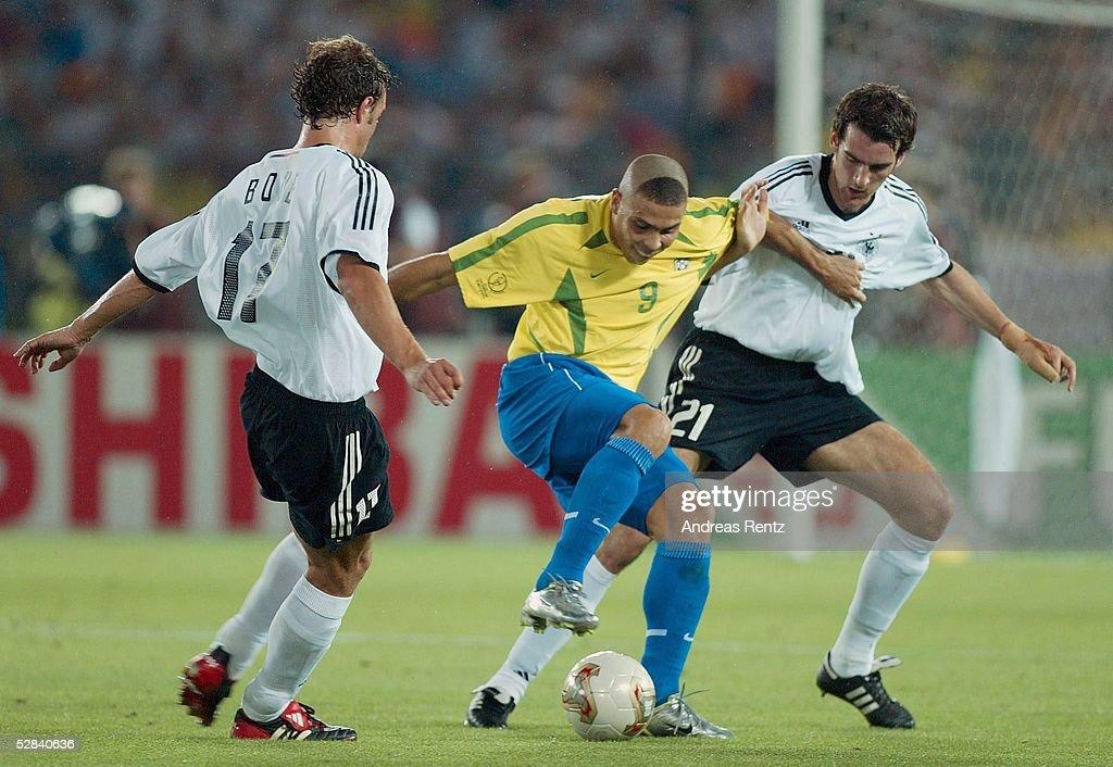 FUSSBALL: WM 2002 in JAPAN und KOREA, FINALE, GER - BRA 0:2 : News Photo
