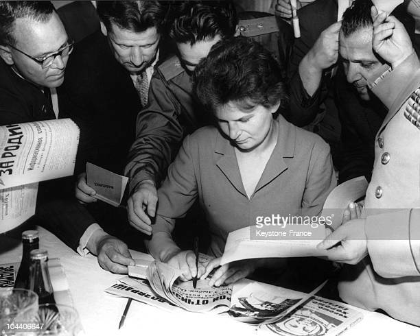 In June 1963 in a town near the Volga river the Russian cosmonaut Valentina TERESHKOVA signed autographs during a press conference given in her honor