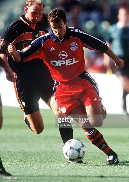 FINALE in Leverkusen SV WERDER BREMEN FC BAYERN MUENCHEN 12 Dieter EILTS/BREMEN gegen Mehmet SCHOLL/BAYERN