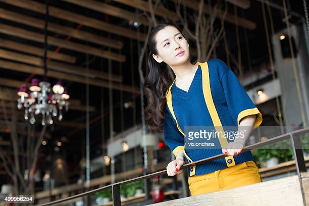 in looking girl - beautiful chinese girls stock photos and pictures