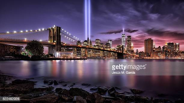 """""""in memorial ii"""" 09-11 - twin towers manhattan stock photos and pictures"""