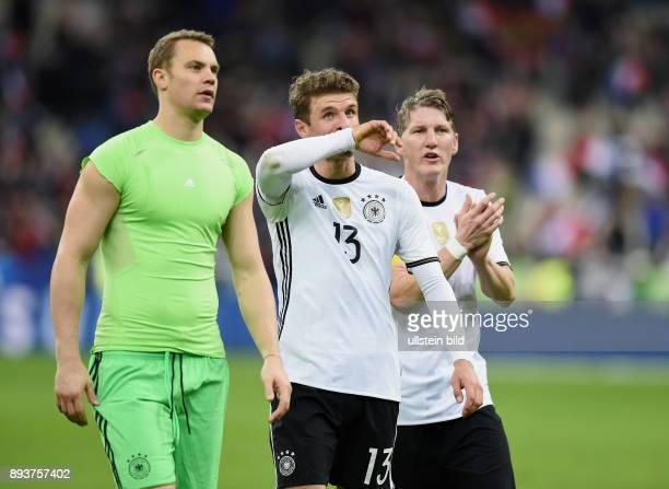 FUSSBALL INTERNATIONAL TESTSPIEL in Paris SaintDenis im Stade de France Frankreich Deutschland Enttaeuschung Deutschland Torwart Manuel Neuer Thomas...