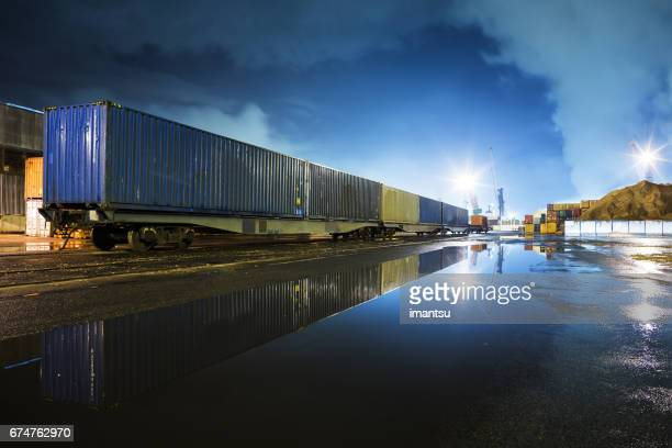 in port - container stock pictures, royalty-free photos & images