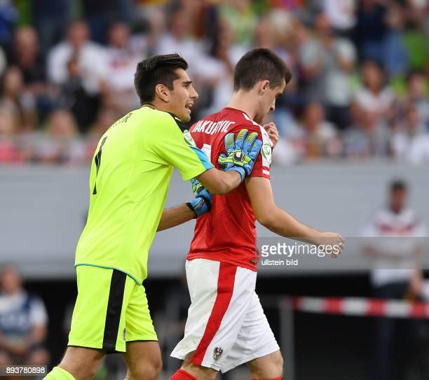 FUSSBALL EURO U 19 2016 in Reutlingen Oesterreich Deutschland Enttaeuschung Oesterreich Torwart Paul Gartler und Arnel Jakupovic
