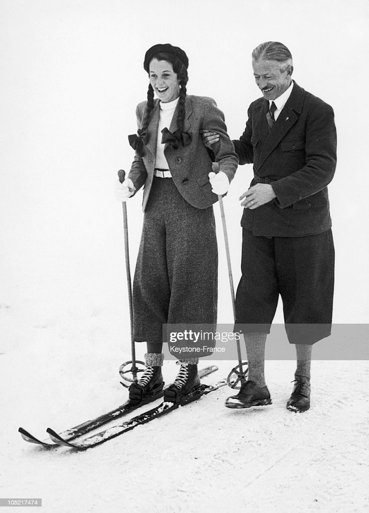 In Saint Moritz, First Ski Lessons Of Princess Fawzia : News Photo