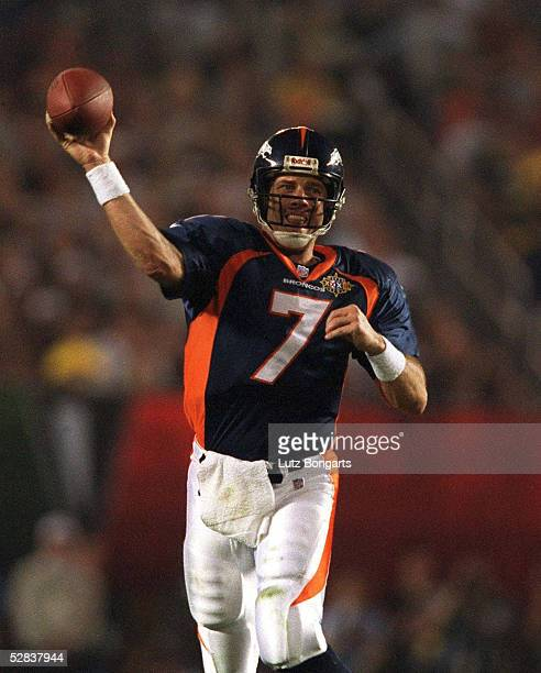24 in San Diego am 250198 John ELWAY Quarterback/QB