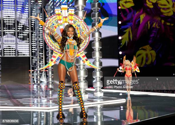 THE VICTORIA'S SECRET FASHION SHOW in Shanghai China for the first time at the MercedesBenz Arena Broadcasting TUESDAY NOV 28 ON CBS Pictured Leomie...