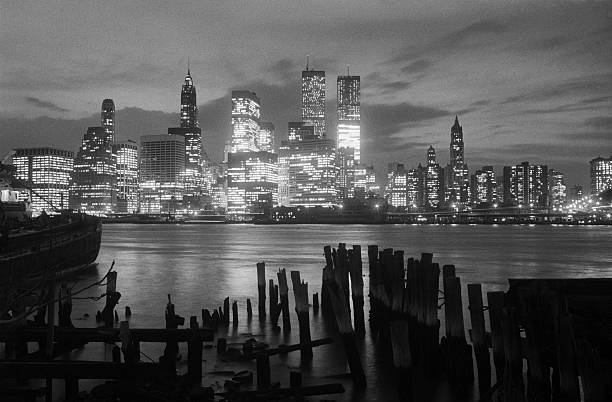 In sharp contrast to the decay of the Brooklyn waterfront,...