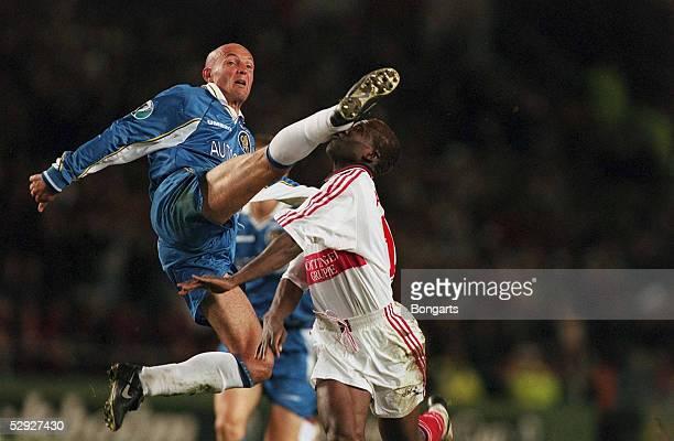 FINALE in STOCKHOLM 130598 FC CHELSEA VFB STUTTGART 10 Franck LEBOEUF/CHELSEA Jonathan AKPOBORIE/STUTTGART