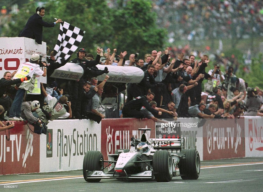 PODIUM /GP VON JAPAN 1999 : News Photo