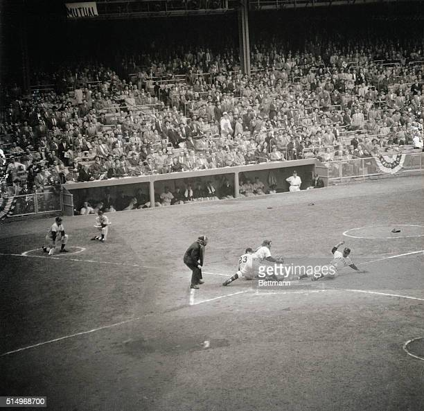 In the 1st inning of the opening game of the World Series between the NY Giants and the NY Yankees Giant outfielder Monte Irvin electrified the huge...