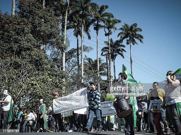 In the center of São Francisco do Sul, south of Brazil, on june 22 people at protest against the high taxes and corruption. * No centro de São...