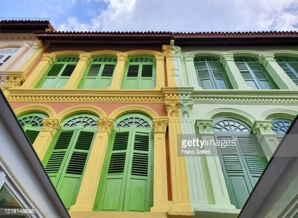 in the heart of chinatown, singapore - frans sellies stockfoto's en -beelden