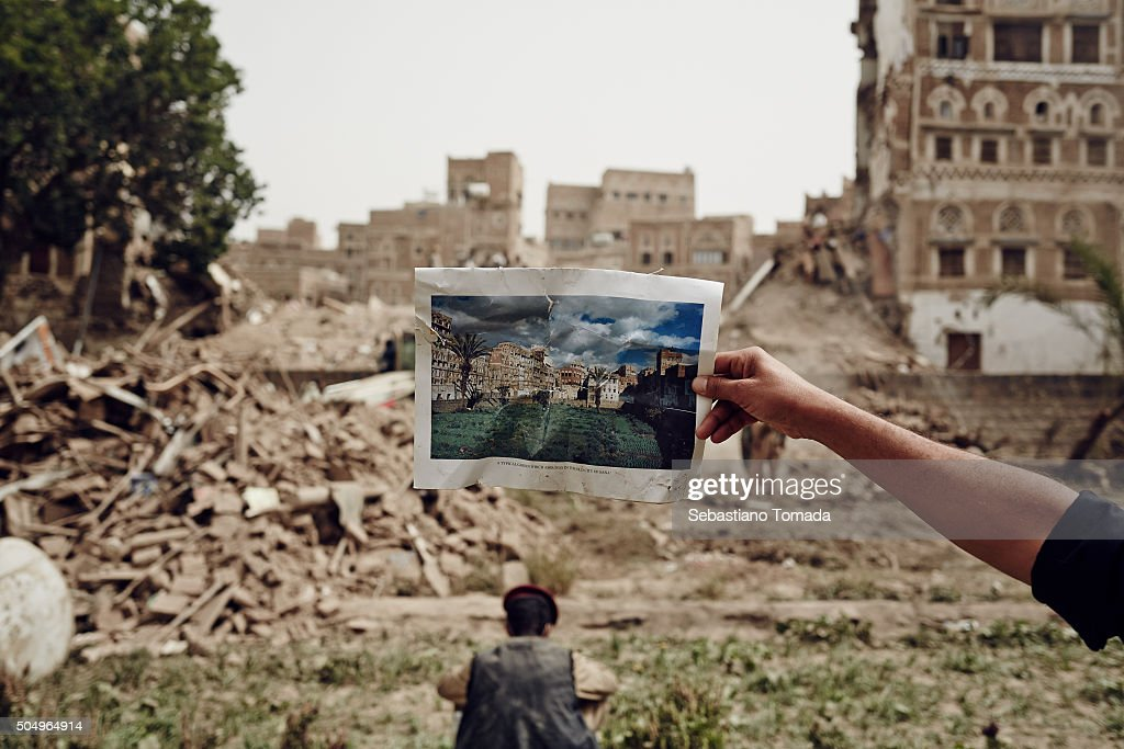 Saudi Air Strikes Destroy Yemen Cultural Heritage Site : News Photo