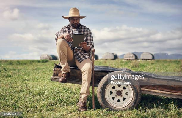 in the middle of nowhere, technology found it's place - africa stock pictures, royalty-free photos & images