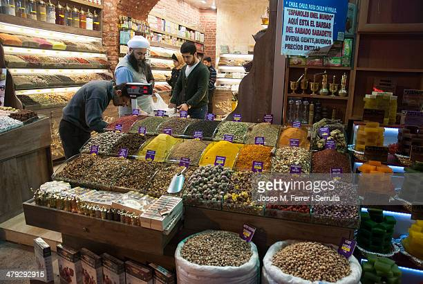 CONTENT] In the picture a spice shop in Sultanahmet