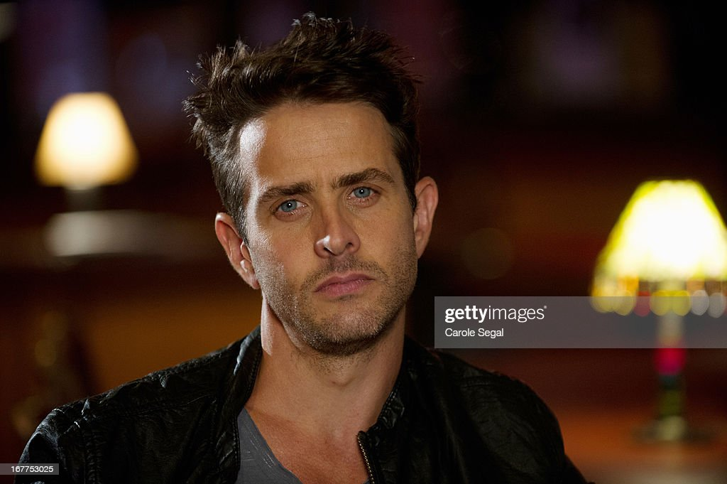 MOTIVE - In the premiere episode, 'Creeping Tom,' when a well-liked, karaoke-singing high school science teacher (Joey McIntyre) is found murdered in his bedroom, a home invasion gone wrong doesn't feel like the right motive to Detectives Flynn and Vega. As they follow a plausible lead to an adulterous wife and a possible crime of passion, Angie's second sense points her in the direction of one of the students at the dead teacher's school, a serial thief known only as 'The Creeper,' premiering on a special day and time, MONDAY, MAY 20 (10:01-11:00 p.m., ET), on the ABC Television Network. MCINTYRE