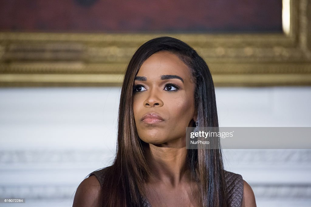 Michelle Obama Hosts Musical Workshop At The White House : News Photo