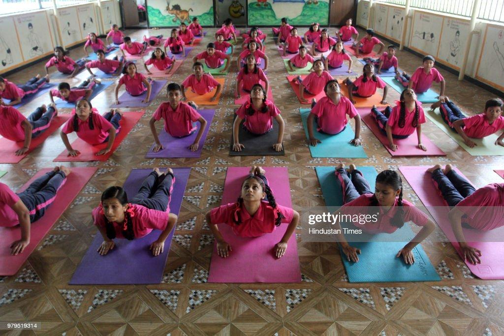 Mumbai Students Do Yoga To Prepare For International Yoga Day