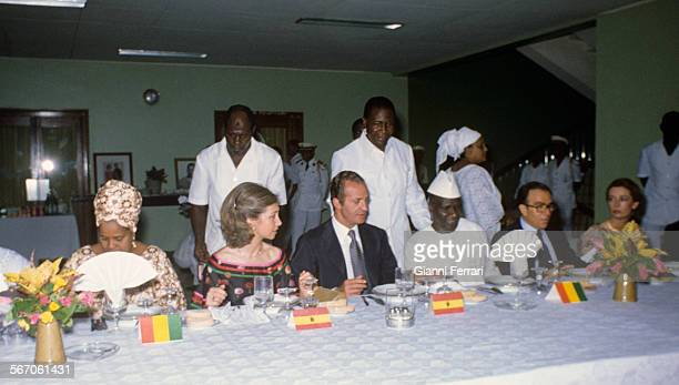 In their official trip to Guinea Conakry the Spanish Kings Juan Carlos of Borbon and Sofia of Greece at a gala dinner with Guinean President Sekou...