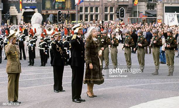 In their official trip to Holland the Spanish Kings Juan Carlos of Borbon and Sofia of Greece arrive at the airport of Amsterdam Amsterdam Netherlands