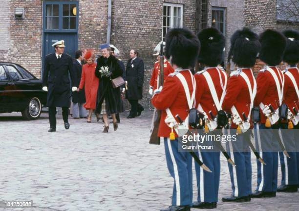 In their official visit to Denmark the Spanish Kings Juan Carlos and Sofia along with the Danish Queen Margarteh II go to the Town Hall 18th March...