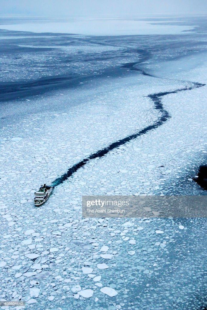 Drift Ice Arrives Hokkaido : Nachrichtenfoto