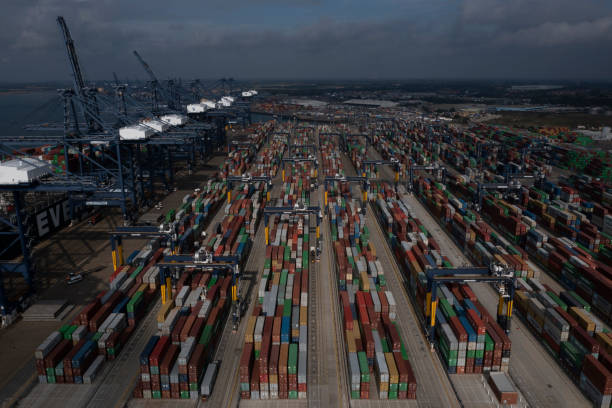 GBR: Felixstowe Port Cites HGV Shortage In Container Backlog