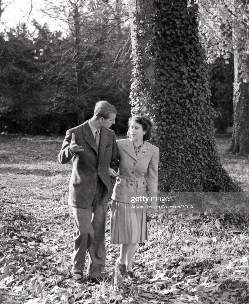 The Queen & The Duke Of Edinburgh 60th Diamond Wedding Anniversary : ニュース写真