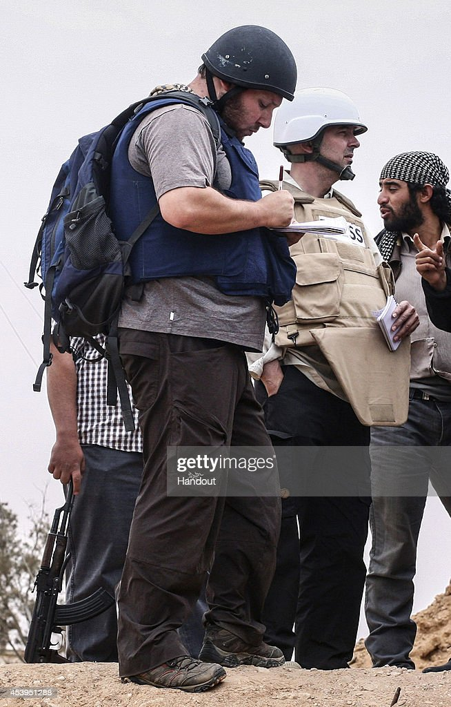 File Photo Of US Journalist Steven Sotloff Held Hostage By Extremists : News Photo