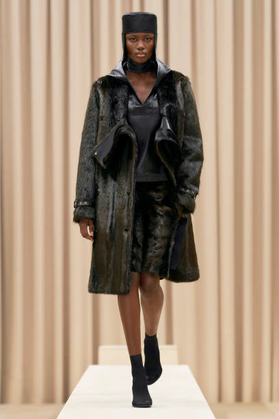GBR: Burberry Autumn/Winter 2021 Womenswear Presentation