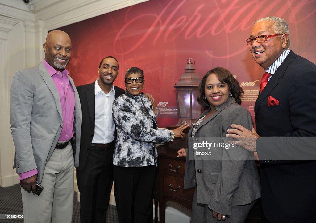 Grey\'s Anatomy Stars Celebrate Premiere Of New African-American Art ...