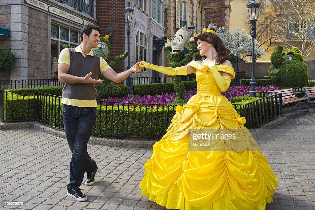 Todd Dovolani Visits Disney World - February 23, 2011 : News Photo