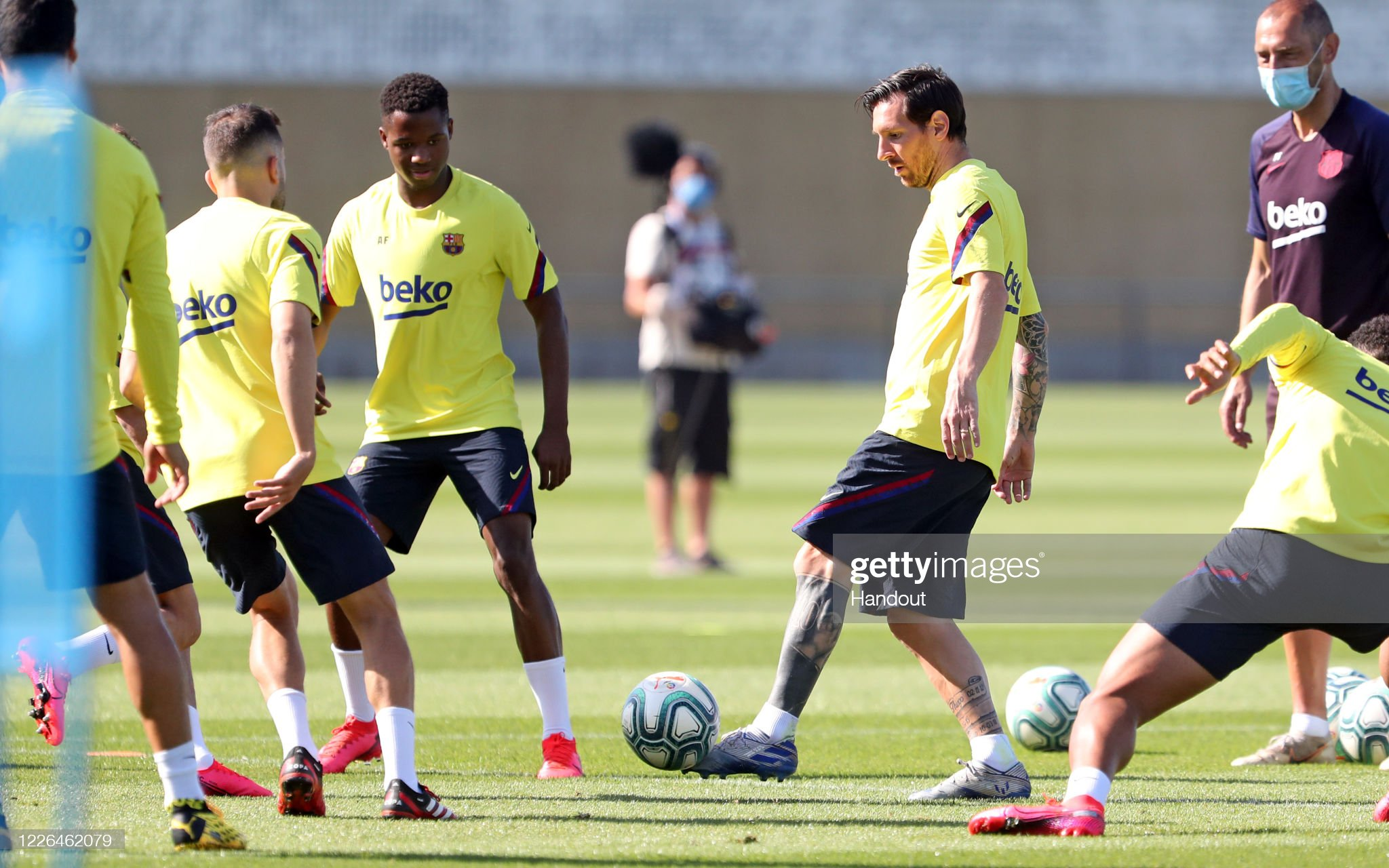 Barcelona Players Return To Training Following Coronavirus Lockdown : News Photo