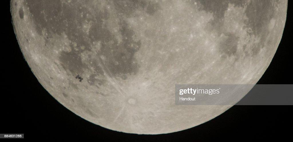 ISS Lunar Transit : ニュース写真