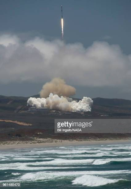 In this handout image provided by NASA The NASA/German Research Centre for Geosciences GRACE FollowOn spacecraft launch onboard a SpaceX Falcon 9...