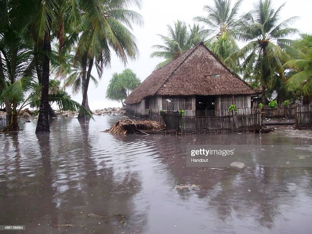 Cyclone Pam Batters South Pacific Islands : News Photo