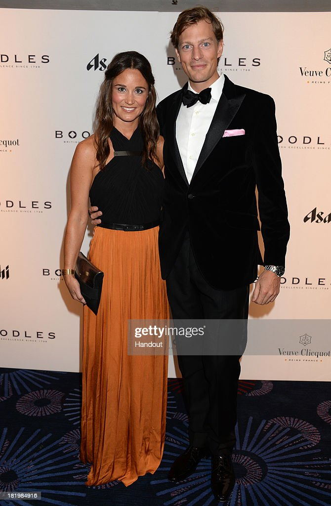 The Boodles Boxing Ball 2013 : News Photo