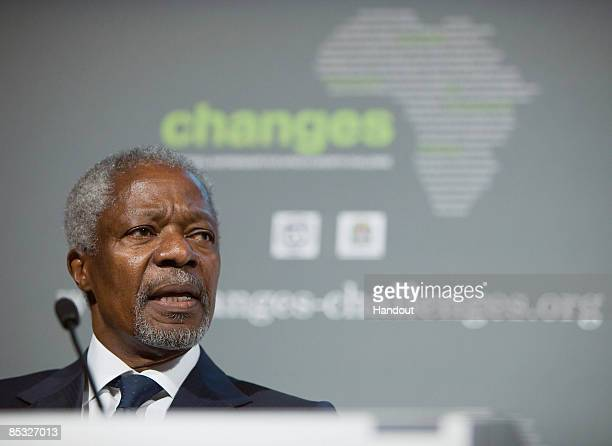 In this handout image provided by the IMF Former UN General Secretary and President of the Global Humanitarian Forum Kofi Annan addresses the crowd...